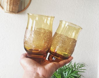 Set of 2 Amber Embroidered glasses