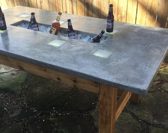 Outdoor Table W/Ice Trough &LED Lights