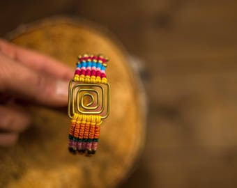 Micro macrame bracelet braided/multicolor/