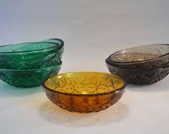 Small Glass Daisy Bowls
