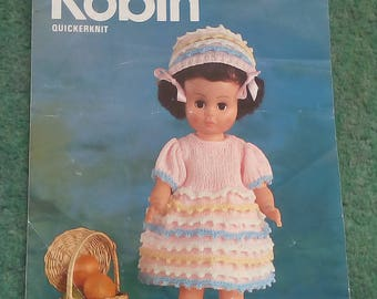 Vintage Robin dolls outfit knitting pattern