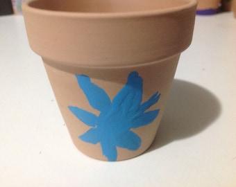 Simple flower pot