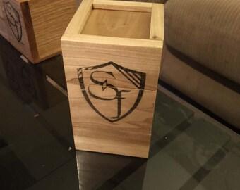 Poplar deck box with dice tray