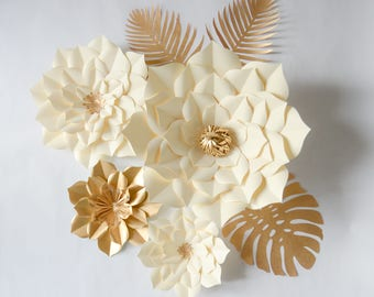 Paper Flowers Ivory Set