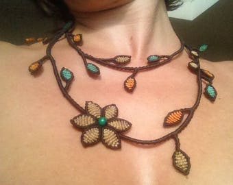 Brown Macrame Branches Necklace Flowers & Leaves