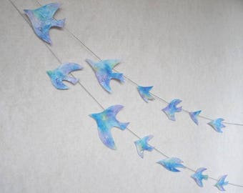 Garland Of Birds With Crystal