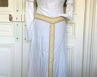 White med-fan dress