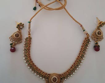 Charming Necklace with adjustable chord with same designed earrings