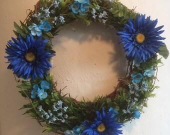 14 inch BLUE DAISY WREATH faux flowers