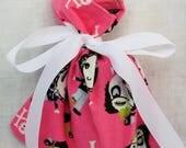 Cloth Gift bag - Zombie Girl Wrap - Reusable Gift Bag, Eco Friendly Gift Bag (misc.)
