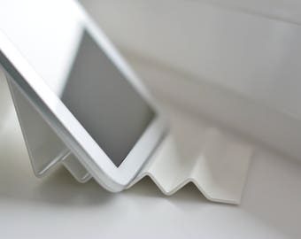 BASIS iPad stand | Tablet stand | iPad holder | iPad stand | iPad dock | Universal tablet stand | Phone stand | iPhone stand