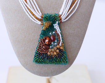 Native American Beaded Pendant Necklace with Two Side Pendants