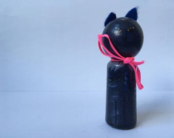 Tom Blau finger doll