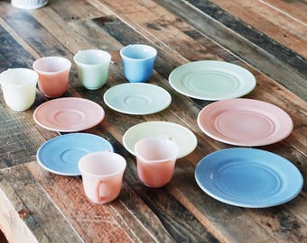Vintage Hazel Atlas Child's Pastel Tea Set (13 pieces)