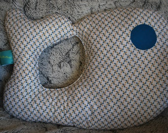 Cushion whale / plush