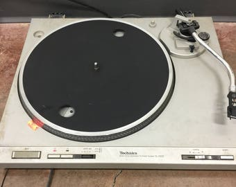Technics SL-D202 Turntable