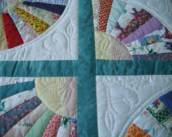 fan and heart patterned quilt
