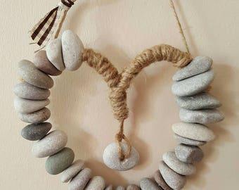 Natural pebble hanging heart bathroom  or garden decoration new