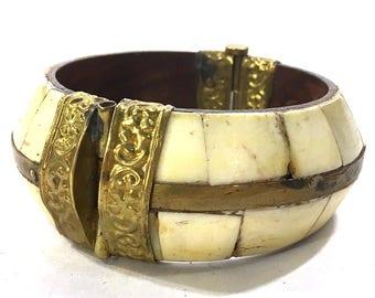 70s Indian Tribal Bracelet / Vintage 1970s Big Repousse Brass Inlay Bone Hinged Bangle / Hippie Boho Ethnic Bohemian Gypsy Statement Jewelry