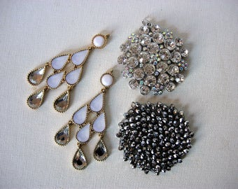 Beautiful Lot of Various Vintage/Modern Rhinestone-Jeweled Pendants Jewelry Components