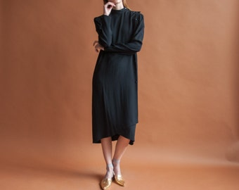 GUY LAROCHE black crepe dress / vintage 80s minimalist dress / lbd / s / m / 745d / R2