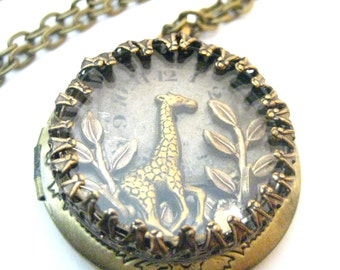 Giraffe Under Glass Locket, Steampunk Necklace, Steampunk Shadowbox, Steampunk Necklace, Steampunk Jewelry, Victorian,Giraffe, One of a Kind