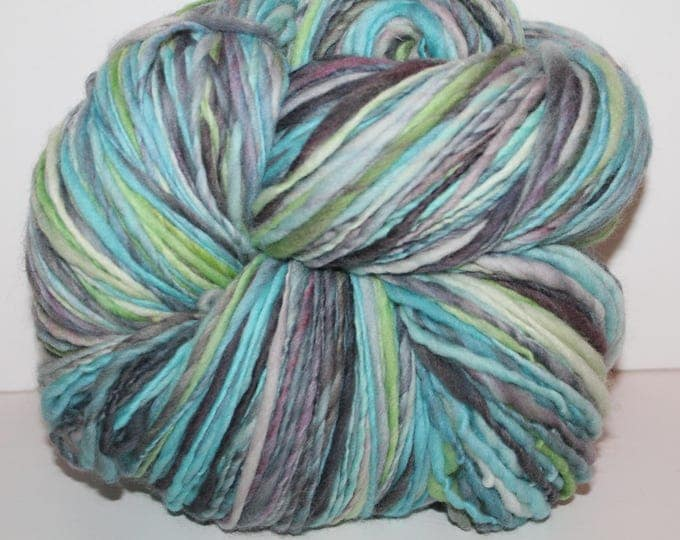 Handspun Falkland Wool Yarn.  Single Ply Worsted Weight. Huge 1lb. Skein. No Knots.  1lb/600 yards