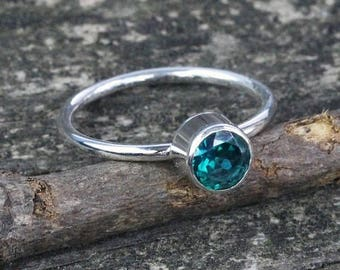 20% OFF Mothers Day Sale Green topaz  sterling silver ring