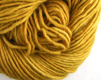 Brunswick Hand Dyed chunky weight 70/30 Corriedale wool Mohair blend yarn 140 yds 4oz Goldenrod