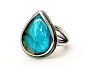 Statement Ring aqua blue flashy labradorite size 8 tangled band.