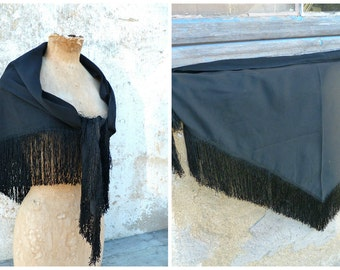 Vintage Antique Victorian 1890 French capelet scarf shawl  black wool and fringes /timeworn