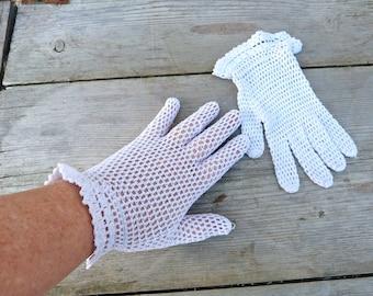 Vintage Antique 1900 Victorian /Edwardian French white cotton crochet handmade gloves size 6 /6.5