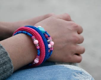 Crochet wrap bracelet - stacked bangles - memory wire bracelet