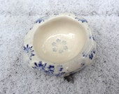 Winter Snowflake Blue and White Crested Gecko Pet Dish or Trinket Dish
