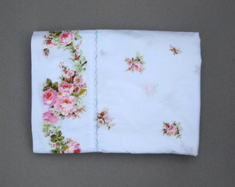 Pink Roses Vintage Twin Flat Sheet with Scalloped Trim Very Pretty