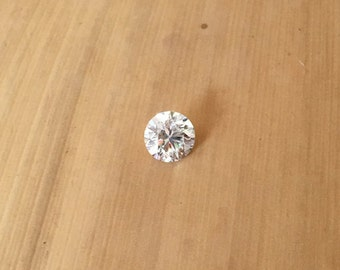 Loose Diamond - Round cut Natural Diamond averaging 4mm, 0.36 carats (G, VS2) - Laurie Sarah - LSG986