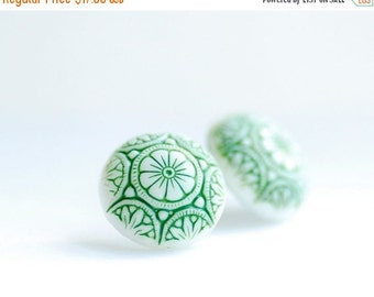 Flower Studs, Green and White Earrings, Etched Glass Earrings, Handpainted Earrings, Glass Earrings, Post Earrings, Steel Posts