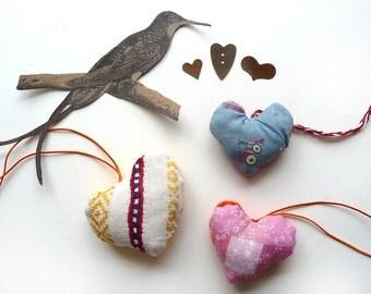 Handmade Hearts Retro Valentines Gift Folk Primitive Art (2)