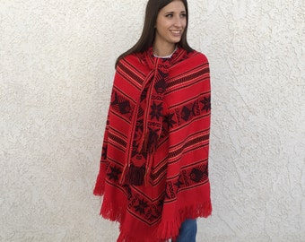 Vintage mexican poncho with scarf