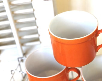 Vintage Mugs, Vintage Orange Mug Set, Retro 1970's Glassware, Succulent Pots, Mid Century Mod Kitchen, Vintage Tea Cups, Coffee Lover