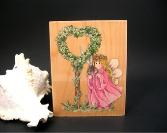 Crafting Rubber Stamp, Garden Fairy Ivy Heart, New Old Stock, Stamps Happen Inc, Linda Grayson 80098 IVY Large 3.5 by 4.5 Inches