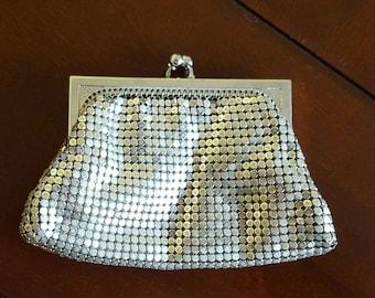 Silver mesh metal coin purse Whiting Davis 1940s-1950s