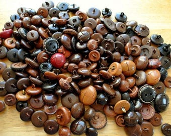190 BUTTONS, antique vintage leather buttons lot of assorted colors, sizes, type of shanks, unique package