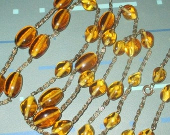 Vintage MOD 60s Golden Yellow Glass Graduated Bead Flapper Style Long Necklace