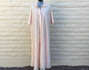Vintage Odette Barsa Pink Lace House Robe 60s Rockabilly VLV