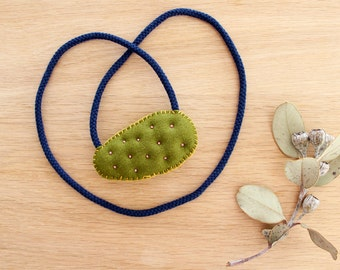 Embroidered Necklace . Rosâtre Prickly Pear Necklace . Cactus Necklace . One of a Kind . Rope Necklace . Soft Tufted Necklace . Merino Wool
