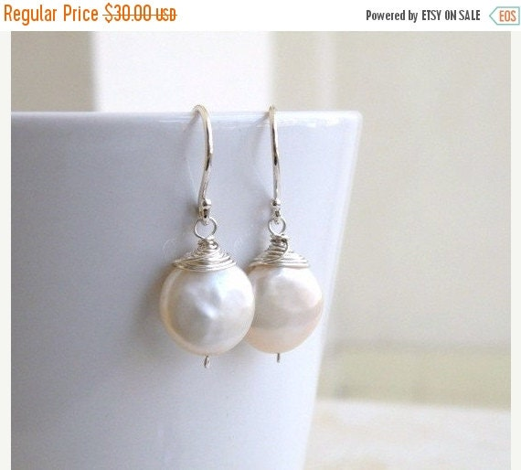 Black Friday Sale Coin Pearl Wire Wrapped Silver Dangle Earrings GE5B