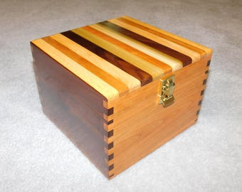 "Large Wood Recipe Box for 4"" x 6"" Index Cards -  Walnut and Cherry"