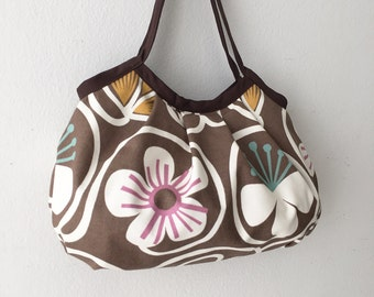 SALE 30% OFF - Granny Bag - Groovy Baby Chocolate