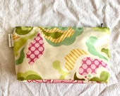 sofs offers a large laminated pouch. This one in pretty flower.